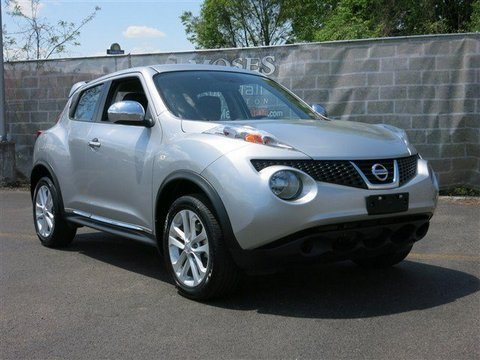 The Plastic Side Panels Make It Look Like Its Being Shipped Somewhere Sad. Nissan  Juke ...