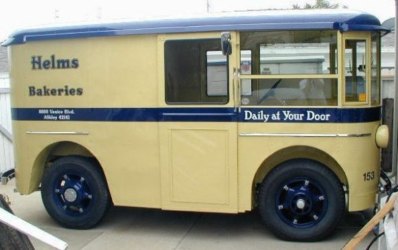 1936_Divco_Bakery_Bread_Delivery_Truck